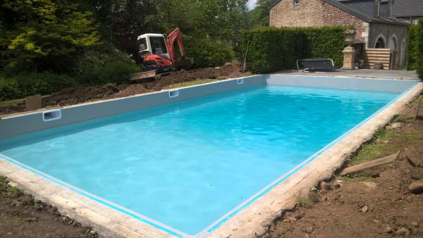 R novations de piscine construction de r novations de for Construction piscine 44